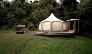 Evini Satıp Ormanın Ortasındaki Çadırda Yaşamaya Başladı