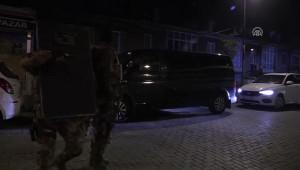 İstanbul'da Uyuşturucu Satıcılarına Şafak Baskını: Çok Sayıda Gözaltı Var