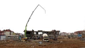 Beton Dökülürken İnşaat Çöktü; 3 İşçi Yaralandı