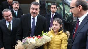 Gümrük ve Ticaret Bakanı Tüfenkci, Muş'ta