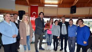 İşitme Engelli Vatandaşlar Foça'yı Gezdi