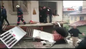 Son Dakika! Kağıthane'de Bir Binanın Giriş Katında Patlama! Bir Kişi Yaralandı