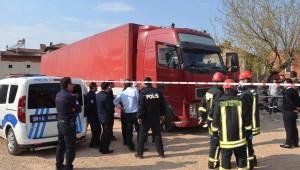 Macaristan Uyruklu Tır Şoförü Aracında Ölü Bulundu