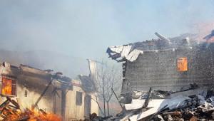 Çankırı'da Büyük Yangın: 25 Ev Kül Oldu