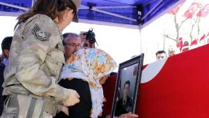 Şehit Uzman Onbaşı Yavşan'ın Cenazesi Toprağa Verildi