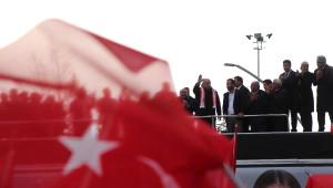 CHP'li İnce: 'Hayır' Çıkarsa Çift Bayrak mı Olacak?
