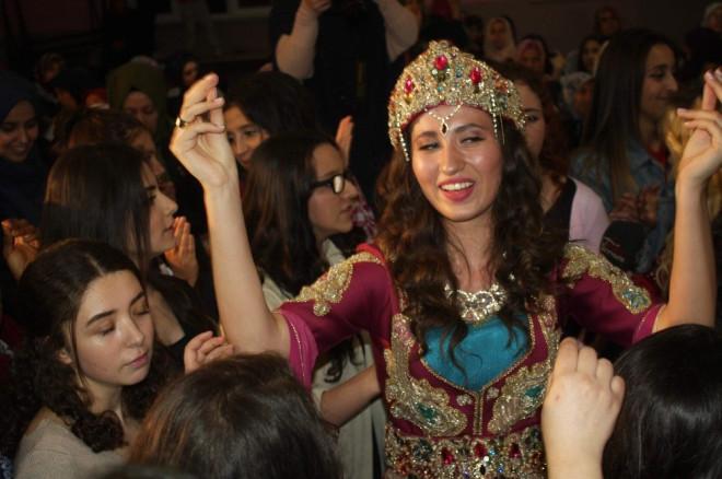 Bursa Köy Düğünü ile Coştu