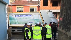 Çöp Kamyonunun Çarptığı Çocuk Ağır Yaralandı