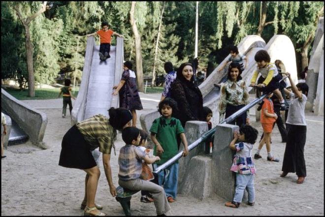 16 Nostaljik Fotoğrafla, Devrimden Hemen Önce İranlı Kadınlar