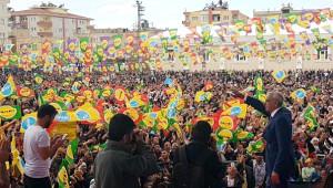 Hdp'li Önder: 100 Belediyeyi Gasp Ediyorlar, Demokrasi Nutukları Atıyorlar