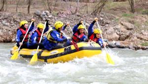 Yahyalı'da Rafting Rüzgarı Esti