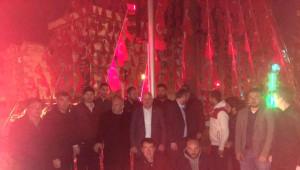 AK Parti'li Vekilin Gece Mesaisi
