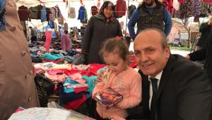 Başkan Arslan, Cuma Pazarında Vatandaşları Ziyaret Etti
