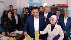 Bakan Tüfenkci'nin Oy Kullandığı Sandıktan