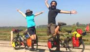 İstifa Eden Çift, Günde 14 TL'ye Bisikletle Dünyayı Geziyor!