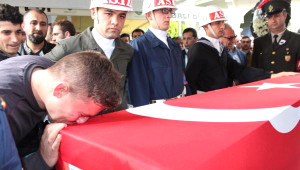 Şehit Uzman Çavuş, Torbalı'da Gözyaşlarıyla Uğurlandı