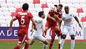 Sivasspor-Ümraniyespor: 0-0