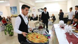 Sivas'ta Yöresel Yemekler Yarıştı