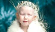 Sibiryalı Nariyana, Daha 8 Yaşında Ama Herkes Peşinden Koşuyor!
