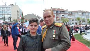 Atatürk'e Benzeyen Oyuncu Göksel Kaya'ya Trakya'da Yoğun İlgi