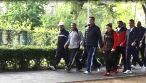 Başkan Dündar'dan Eğitmenler Eşliğinde Sabah Sporu