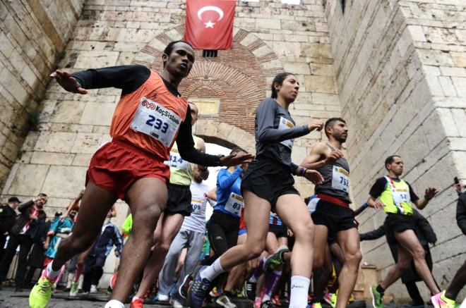 Bursa'da Tarihi Kent Koşusu Coşkusu