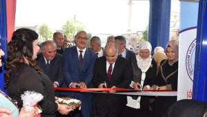 İğne Oyası ve Tunus Sergisi Açıldı