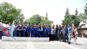 Başkan Uğur Genç Sporcularla Bursa'yı Gezdi