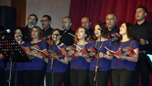 Fedakar Öğretmenler Öğrencileri İçin Konser Verdi
