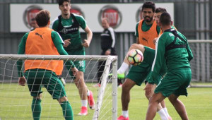 Bursaspor'da Beşiktaş Hazırlıkları Sürüyor