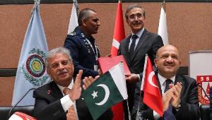 İdef17'de Pakistan ve Filipinler ile İmzalar Atıldı
