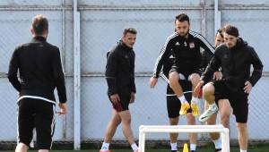 Sivasspor Teknik Direktörü Aybaba: Adana'da Tur Atmak İstiyoruz