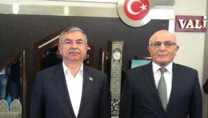 Adana Milli Eğitim Bakanı Ismet Yılmaz ve Sivas Valisi Davut Gül Adana'da