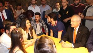CHP Genel Başkanı Kılıçdaroğlu Gençlerle Buluştu