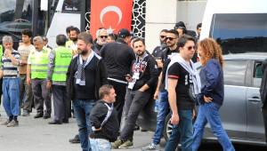 50 Otobüs Dolusu Beşiktaş Taraftarı Bursa Yolunda