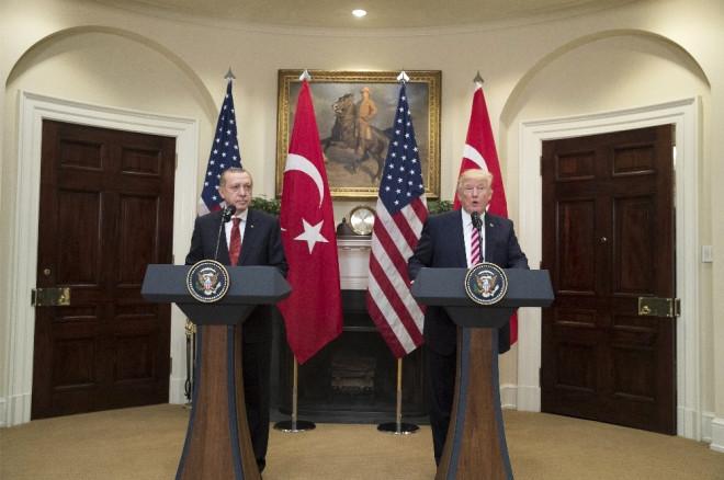 Trump: 'Türkiye'yi PKK ve Deaş'a Karşı Destekliyoruz'