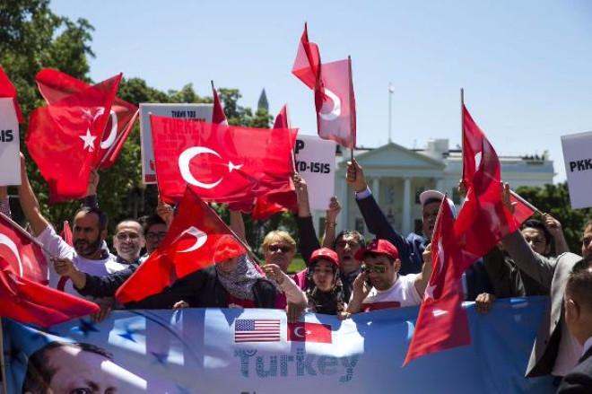 Washington'da Ak Partililer Erdoğan'a Destek İçin Toplandılar