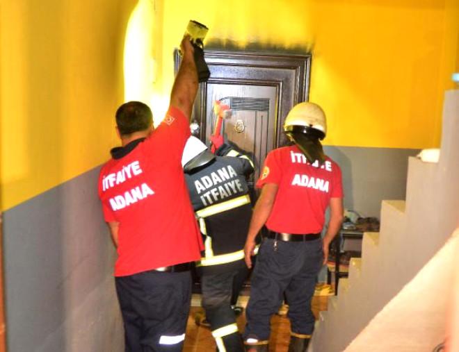 Adana'da Boş Ev Kundaklandı