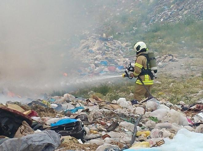 Avşa'da Çöplük Yangını