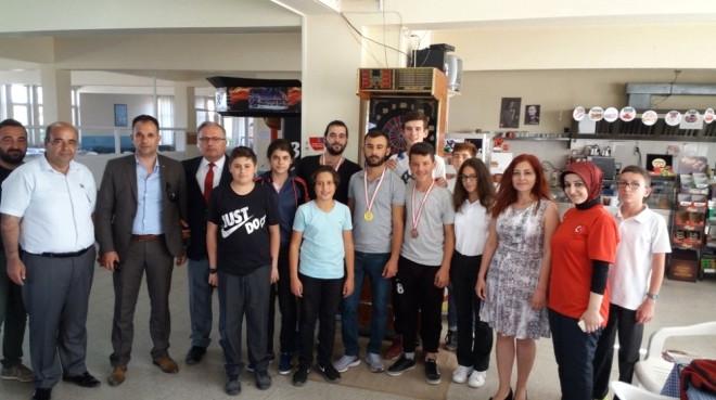 Ayvalık'ta 35. Gençlik Haftası Açılışı Ayvalık'ta Yapıldı