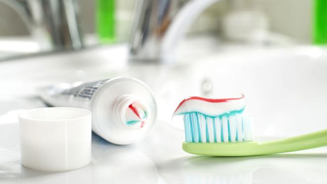 Dünya Google'da Bunu Arıyor: Diş Macunu ile Hamilelik Testi