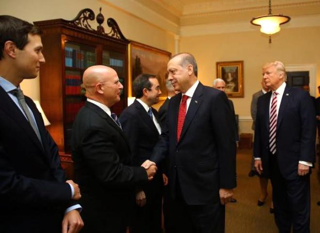 Dışişleri Bakanı Mevlüt Çavuşoğlu, Erdoğan - Trump Görüşmesi Sonrası Fotoğraflar Paylaştı