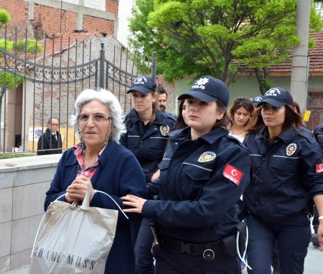 Eskişehir'de Pkk/kck Şüphelisi 14 Şahıs Adliyeye Sevk Edildi