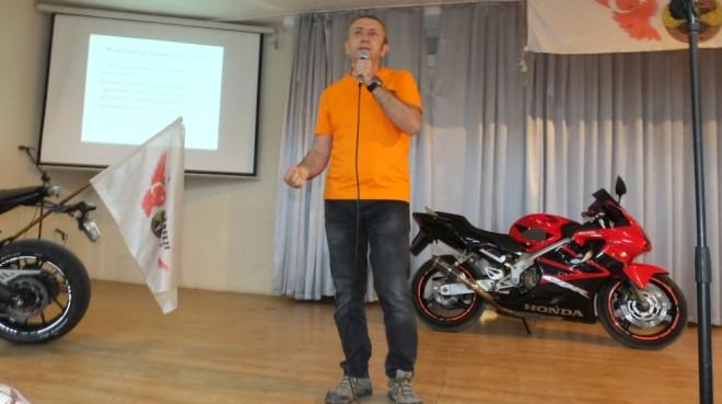Gençlere Motosiklet Kullanım Dersi
