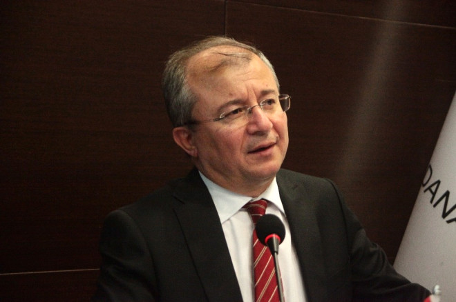 Karşılıksız Çekte Adana Liderliği