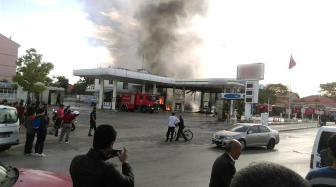 Konya'da Akaryakıt İstasyonunda Korkutan Yangın