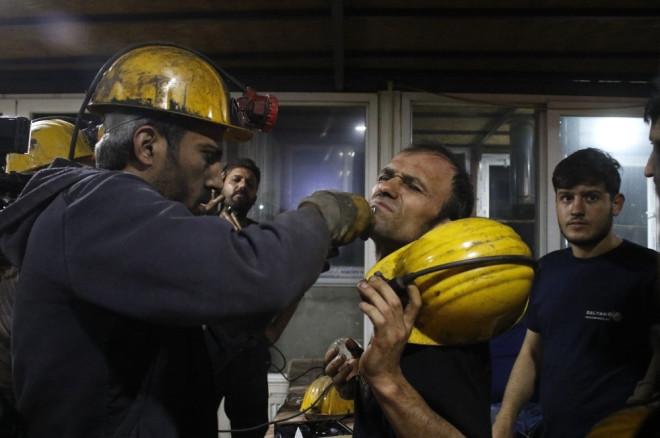 Madencilere 'Nefes' Tıraşı