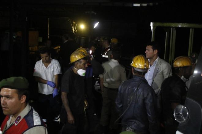 Madencileri Kurtarmaya Çalışırken Rahatsızlanan İşçiler de Hastaneye Sevk Edildi
