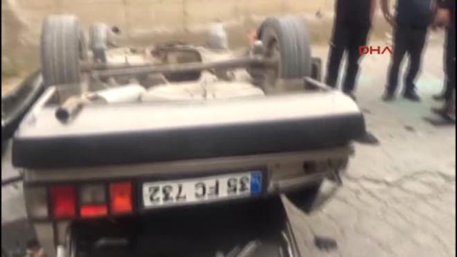 Manisa Otomobil Devrildi 2 Yaralı