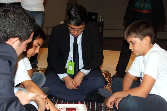 Osmanlı'nın Zeka Oyunu 'Mangala'yı Torunları Devraldı